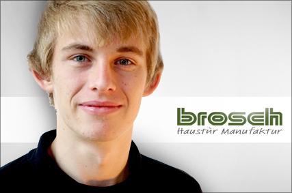 Dustin Kugelmann Fenster Brosch